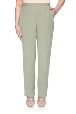 Image: Crinkle Proportioned Short Pant