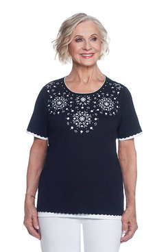 Lace It Up Plus Medallion Yoke