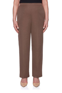 Image: Petite Lightweight Classic Fit Proportioned Short Pant