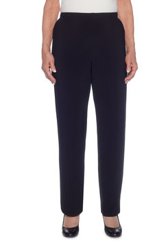 Petite Proportioned Short Knit Pant