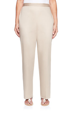 Image: Petite Tailored Flat Front Proportioned Short Pant