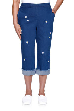 Image: Petite Women's Daisy Embroidered Denim Capri