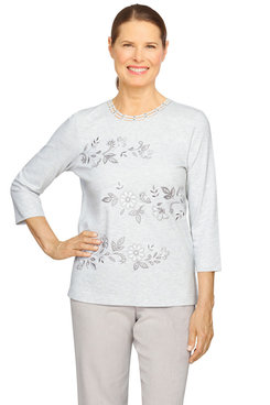 Image: Petite Women's Embroidery Floral Lightweight Knit Top