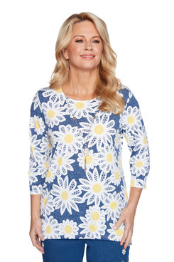 Image: Petite Women's Lacy Daisies Top Wth Daisy Necklace