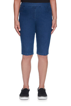 Image: Petite Women's Slim-Fit Stretch Denim Pull-On Short