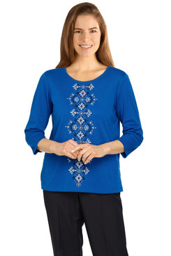 Image: Petite Women's Solid Center Embroidery Lightweight Knit Top