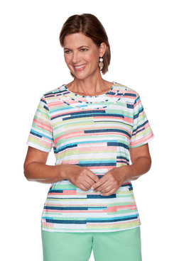 Image: Petite Women's Texture Graphic Print Short Sleeve Top