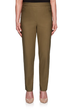 Image: Plus Cayon Proportioned Short Allure Pant