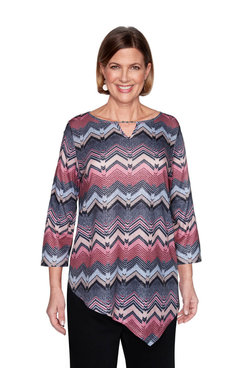 Image: Plus Textured Chevron Top