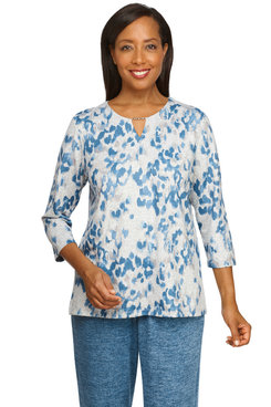 Image: Plus Women's Casual Animal Print Soft Knit Top