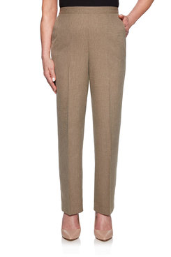 Image: Proportioned Short Textured Pant