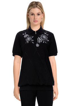 Image: Women's Comfort Floral Embroidered Short Sleeve Soft Knit Top
