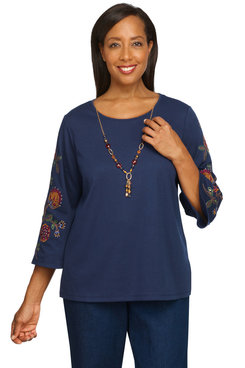 Image: Women's Embroidered Bell Sleeves Knit Top With Necklace